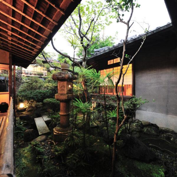 日本料理 筑紫亭